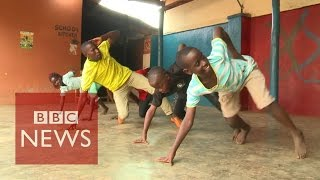 getlinkyoutube.com-Ghetto Kids: 'Dance changed my life' - BBC News