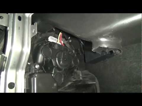 Nissan Note 1.6 вытаскиваем мотор печки!!!