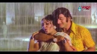 getlinkyoutube.com-Tollywood Most Popular Rain Songs - B 2 B Telugu Video Songs Jukebox