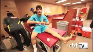 getlinkyoutube.com-Alexandre Pato with Team in Hotel
