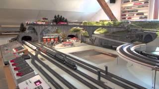 getlinkyoutube.com-Modellbahn mit Paternoster