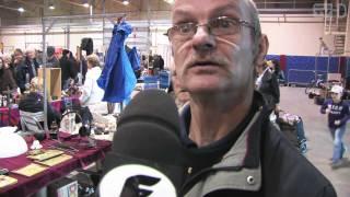 getlinkyoutube.com-Flabber TV - Buitenbeeld bij de Snuffelbeurs