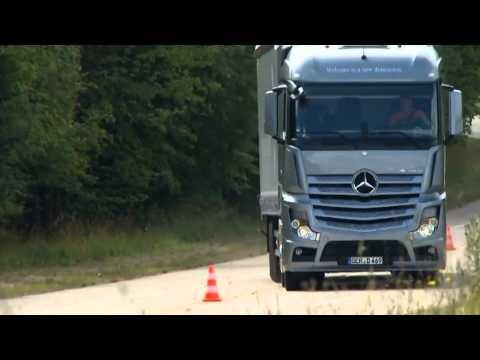 SLALOM COURSE 2012 Mercedes Actros