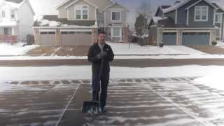 getlinkyoutube.com-A Fast, Efficient Method to Shovel a Wide Driveway - The Ta Da! Show