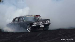 getlinkyoutube.com-BLOWN V8 HOLDEN HT  ( UCSMOKE ) BURNOUT AT SUMMERNATS 25