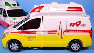 getlinkyoutube.com-CarBot cars 헬로카봇 과 또봇 New Hello CarBot ambulance transformers car toys