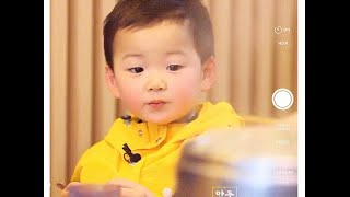 Super Cute - Triplet Song Il Gook, Daehan, Mingguk and Manse| Eating Baby Octopus Soup| Eat Eat Eat!