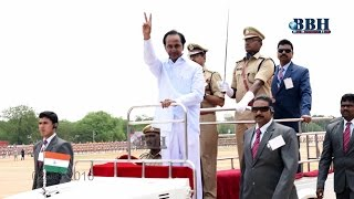 K. Chandrashekhar Rao Hoisted the National Flag at Parade Grounds, Secunderabad on 02-06-2016.
