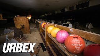 getlinkyoutube.com-Exploring an Abandoned Bowling Alley