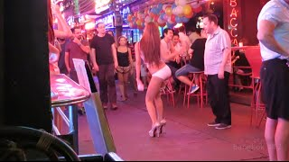 getlinkyoutube.com-Soi Cowboy Girls 4, Bangkok 2015 [HD]
