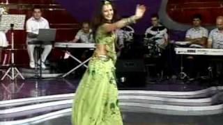 getlinkyoutube.com-Aaja nachle and Kajra re -  Oksana Rasulova - papuri indian dance