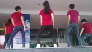 getlinkyoutube.com-Khuôn Mặt Đáng Thương (Dance) - KTKT Bình Dương