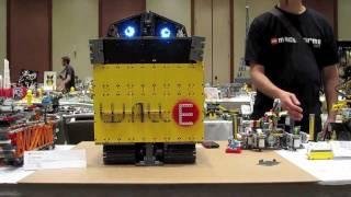 getlinkyoutube.com-WALL-E5 TRANSFORMING MINDSTORMS® NXT® ROBOT