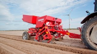 Grimme GB 230 potato planter with Dyker
