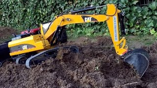 getlinkyoutube.com-BRUDER RC EXCAVATOR Hydraulic CATERPILLAR on Duty in Jack's BWORLD CONSTRUCTION