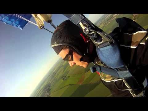 Skydive - Matthieu GoPro à la main
