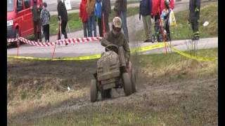 getlinkyoutube.com-Lawn Mower Racing Finland spring Tournament 2010 pt1