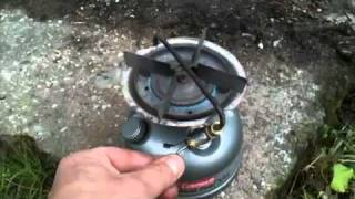 getlinkyoutube.com-Coleman 533 Sportster 2 Dual Fuel Camping Stove