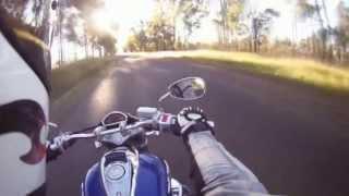 getlinkyoutube.com-Test Ride and Review of Suzuki Boulevard M50