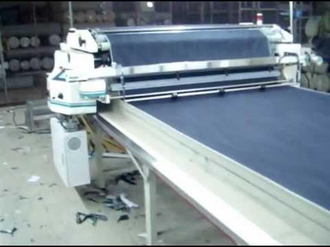 NA-800 - Máquina de enfestar eletrônica, ideal para tecidos médios e pesados.