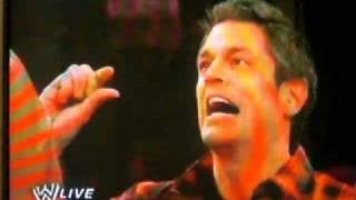 getlinkyoutube.com-Johnny Knoxville y el gran Khali en Smack Down