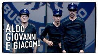 getlinkyoutube.com-Scuola di Polizia con Dexter e Sugar - Aldo Giovanni e Giacomo