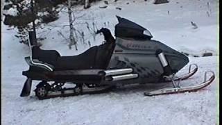 V8-powered  sled, worlds first.  - Världens första V8 snöskoter