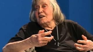 getlinkyoutube.com-La terra ha gli anni contati - Maurizio Chierici intervista Margherita Hack