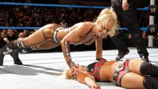 WWE Superstars: Beth Phoenix & Kelly Kelly vs. Lay-Cool