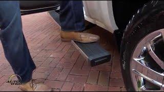 getlinkyoutube.com-2016 Chevrolet Silverado High Country with Power-articulating assist step