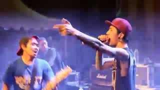 getlinkyoutube.com-Rocket Rockers - Awal Dari Cerita feat Anggi ( Revenge The Fate ) at Heyho Fest 2015