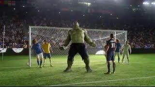 getlinkyoutube.com-Iklan Keren Nike Football: Football Player + HULK