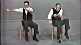 getlinkyoutube.com-Sitting dance
