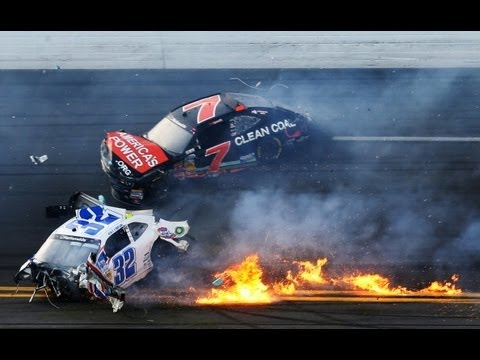2013 Drive4COPD Nationwide Kyle Larson crashes into fence