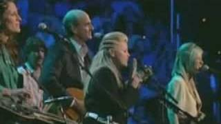 getlinkyoutube.com-Dixie Chicks and James Taylor Sweet Baby James Live Concert