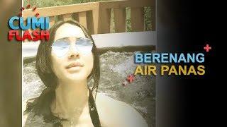 Renang di Air Hangat, Aura Kasih Hot Banget - CumiFlash 23 November 2017 width=