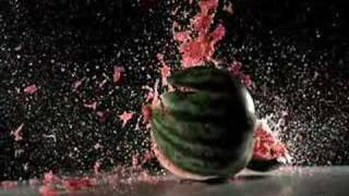 getlinkyoutube.com-Nike Golf Juice Ball - Slow Motion Watermelon Explosion