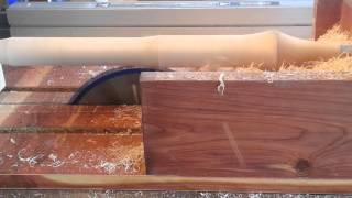getlinkyoutube.com-SIMPLE JIG! Turns a TableSaw into a Lathe!