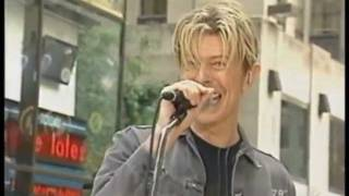 getlinkyoutube.com-DAVID BOWIE - MODERN LOVE - LIVE NY 2003 - HQ