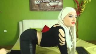 getlinkyoutube.com-Twerk it like miley hijab