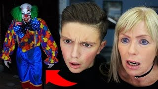 getlinkyoutube.com-SCARIEST *KILLER CLOWN* ATTACKS CAUGHT ON CAMERA HALLOWEEN 2016!!! (Reacting With My Mum)