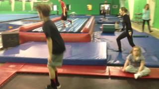 getlinkyoutube.com-MattyBRaps at the gym!