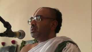 getlinkyoutube.com-Sri Velukkudi Krishnan - Who Decides My Destination - Time, Deeds, Fate or God? Discourse - Part 1