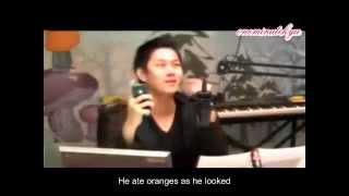 getlinkyoutube.com-ENGSUB Ryeowook talks to the TV, frightening Heechul