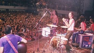 getlinkyoutube.com-Slank - Lembah Baliem (Live Performance)