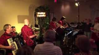 getlinkyoutube.com-Polka Family (2015) Polka Medley