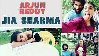 Jia Sharma And Vijay Devarakonda Arjun Reddy Movie Shooting Stills-Trends Adda