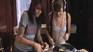 Nina Sky Vlog #9: DJ 101