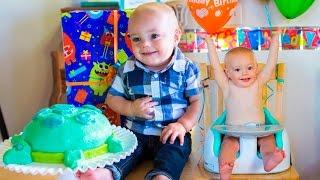 getlinkyoutube.com-Calvin's First Birthday Party!