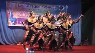 getlinkyoutube.com-DCMIPS Group Dance 2014
